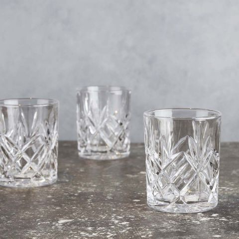 CLEAR WHISKEY GLASS
